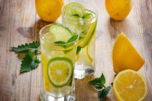 Как улучшить обычную воду, летом?