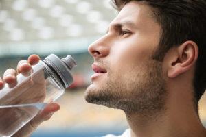 Сколько нужно пить воды, чтобы не навредить