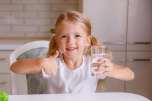 5 причин, по которым нужно пить воду