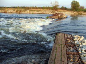 Природная вода из реки , на сколько она чистая?