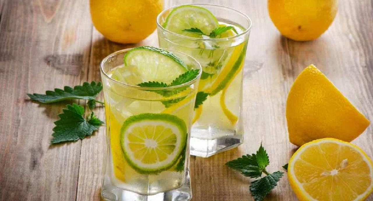 Вода горная с лимоном- напиток со многими свойствами