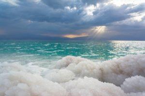Чистим организм соленой водой